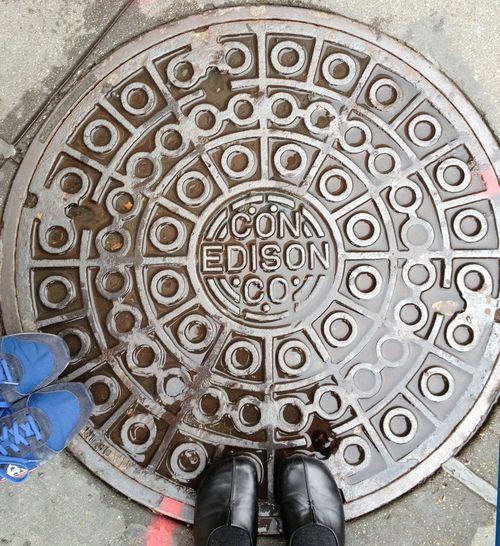 NYC-Manhole-02